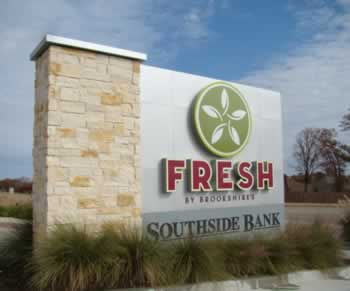 Fresh by Brookshires, Tyler, Texas, on Old Jacksonville Highway in the Oak Hills Development