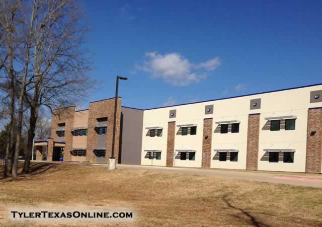 4912 Trenton Dr, Tyler, TX 75703